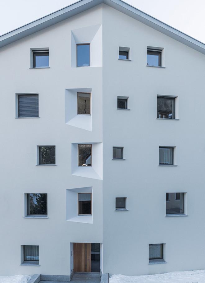 Chesa sclarida silvaplana wohnbau fh architektur for Fachhochschule architektur